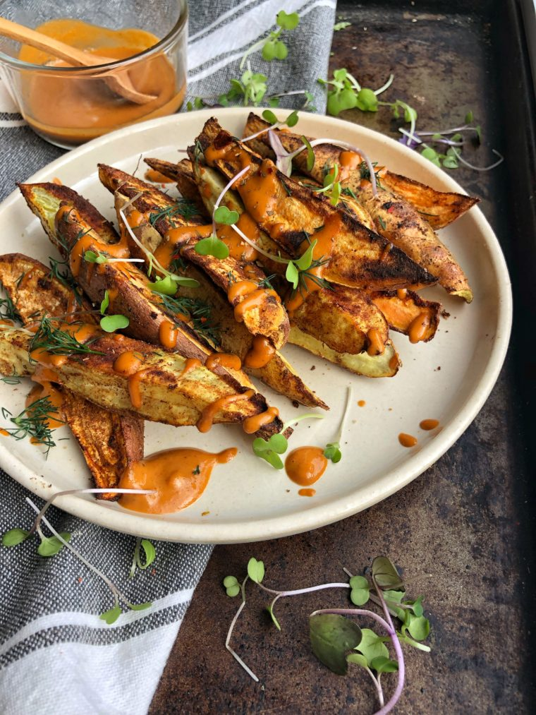 Sweet Potato Fries with Tahini BBQ Sauce #thecuttingveg #eatrealfood #sweetpotatofries